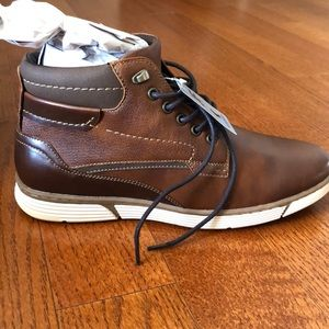 NWT Men's Brown Boots